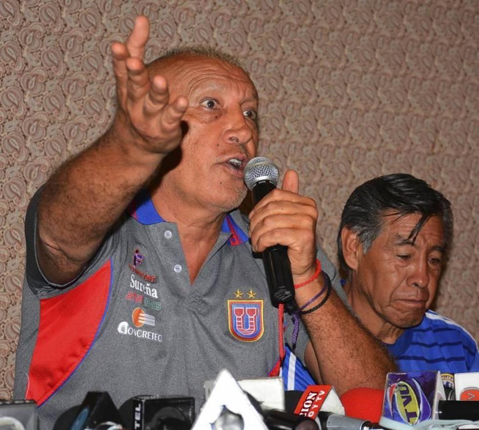 El técnico de Universitario es sancionado con 2 partidos