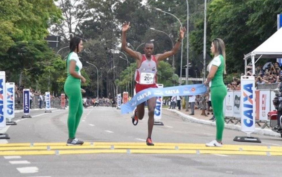 Jerotich y Kimutai vencen el maratón de Brasil