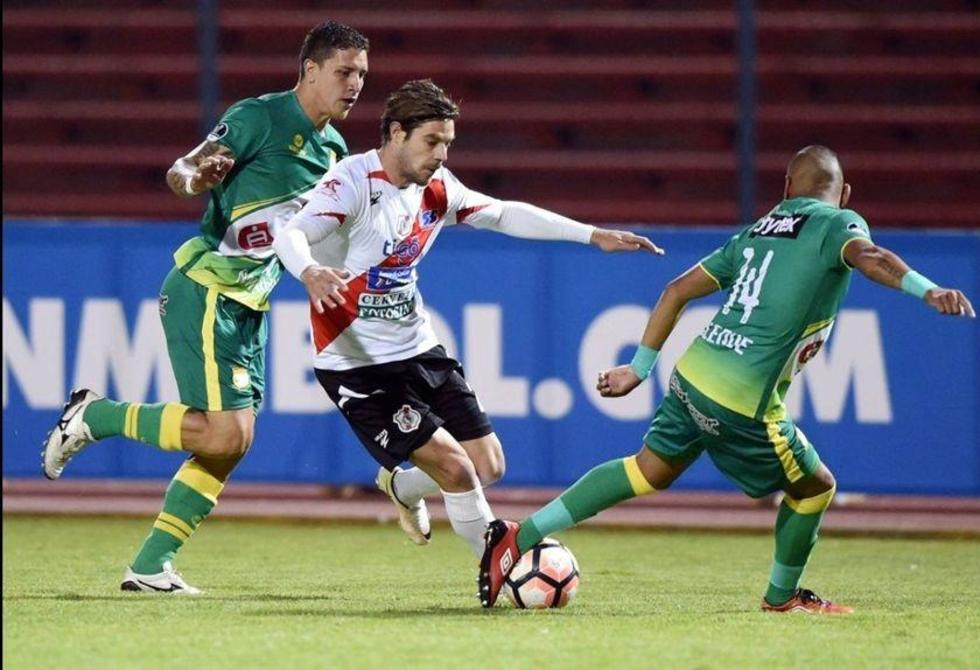 Nacional logra pase histórico en la Copa Sudamericana