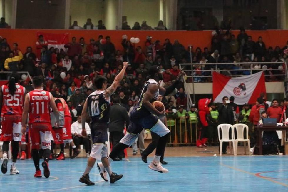 Calero se mantiene invicto al ganar a Pichincha