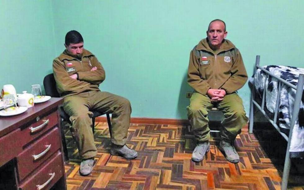 Los efectivos Nicolás Antonio Morales Manríquez y Jaime Rubén Díaz Pezo fueron detenidos este vierne 7 de julio, por pol