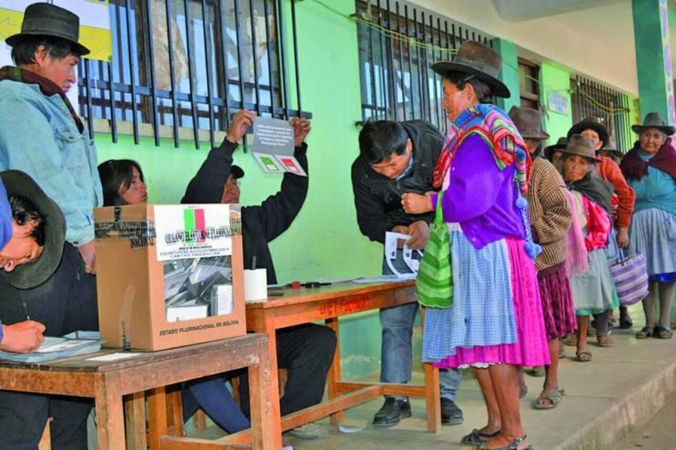Los pobladores de este municipio potosino ejercieron su derecho al voto.
