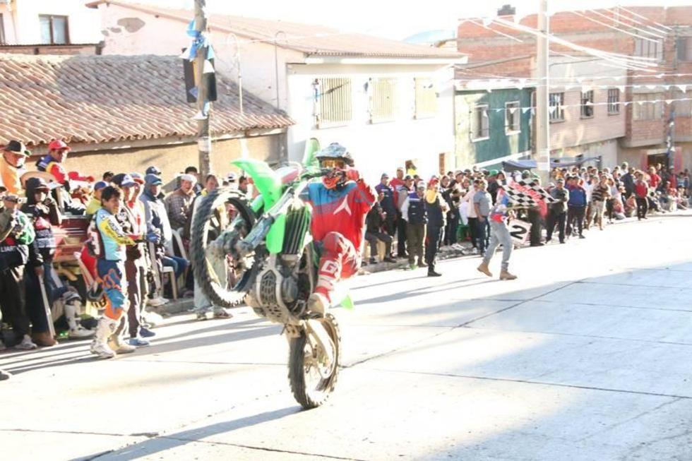 Herboso se impone en el nacional de motos en Potosí