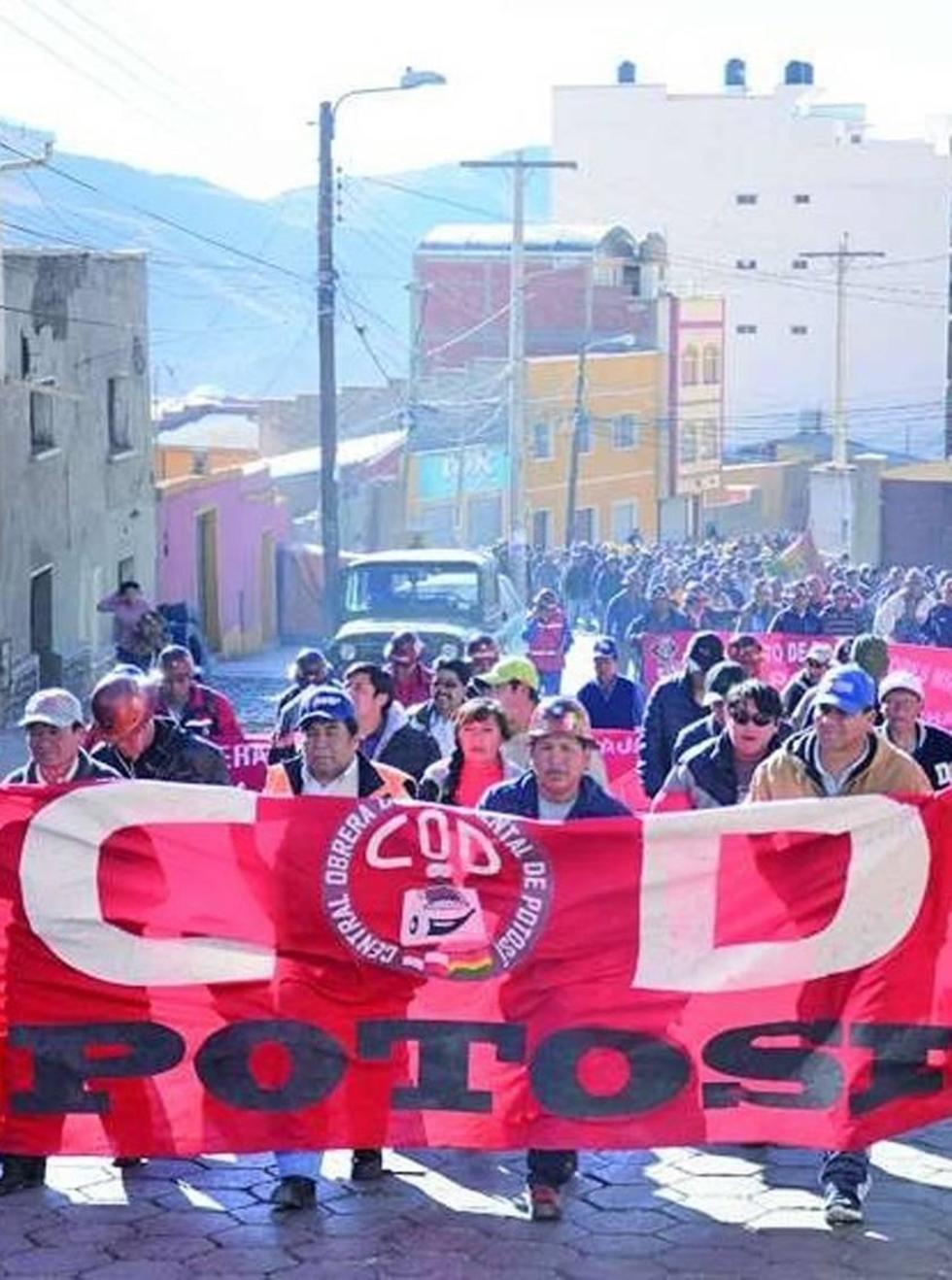 Los trabajadores potosinos van al paro de 24 horas mañana viernes