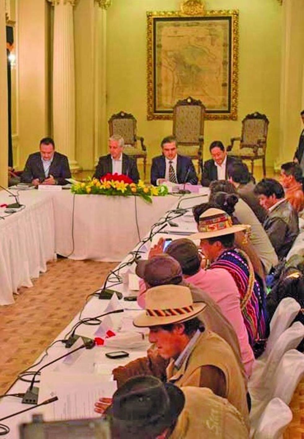 Propuesta de pacto fiscal recién será entregada en el mes de noviembre