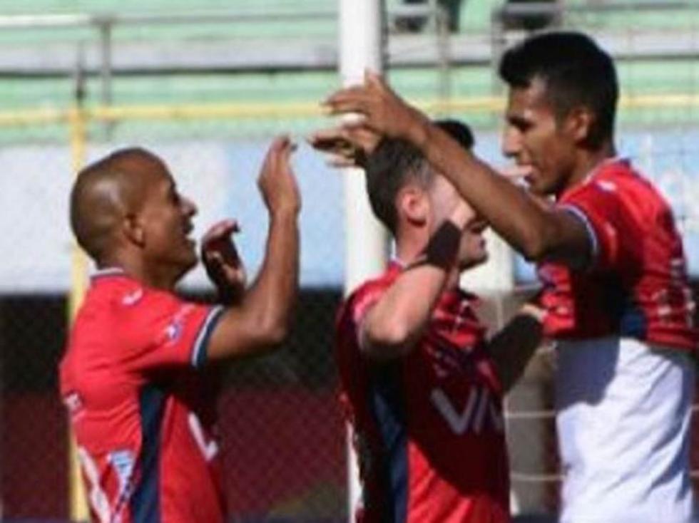 Nacional Potosí cae ante Wilstermann y continúa en el fondo