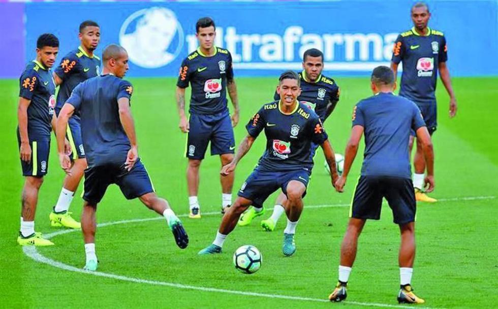 """Brasil recibe a Ecuador en el """"Arena do Gremio"""""""
