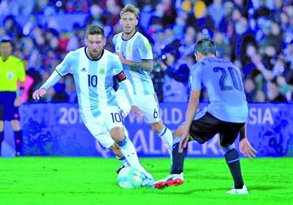 Uruguay empata sin goles con Argentina