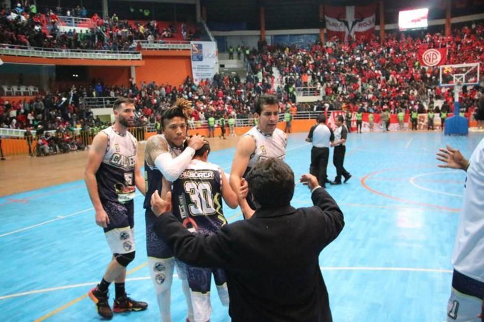 Calero está a un paso del título de básquet nacional