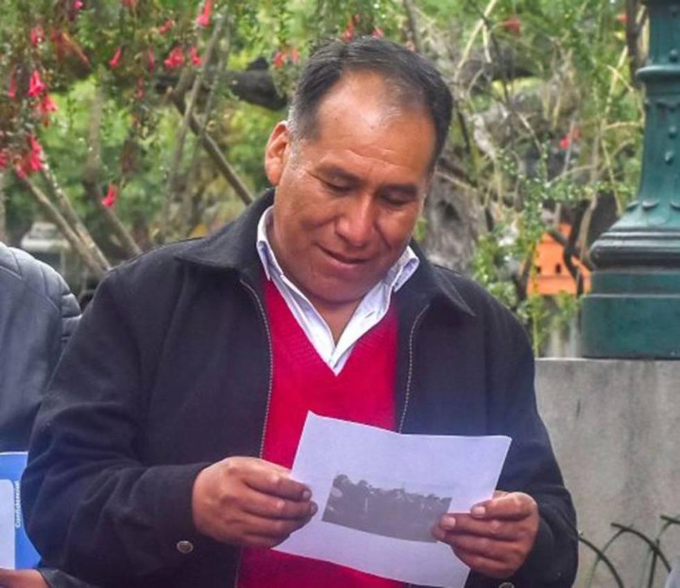 Denuncian que el alcalde de Achacachi ya salió del país