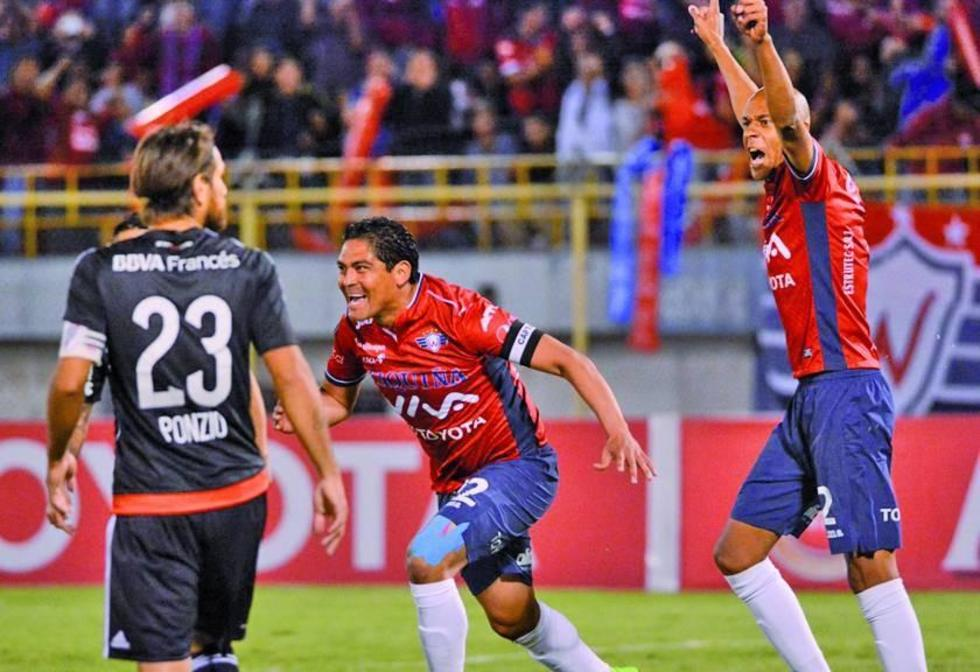 Wilstermann da el primer golpe ante River Plate
