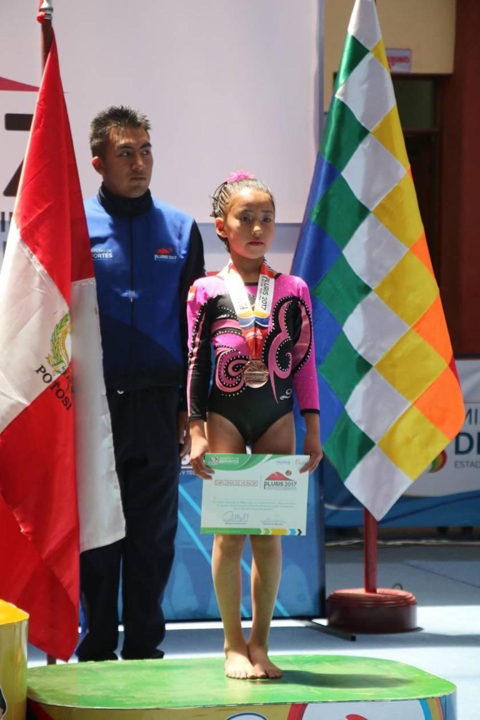 Arlet Cárdenas Santillán consiguió la presea de bronce.