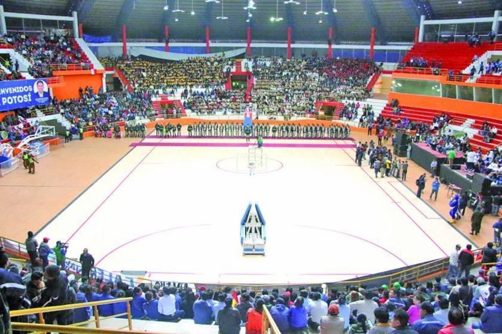 El escenario debe ser avalado por la FIBA para torneos internacionales.