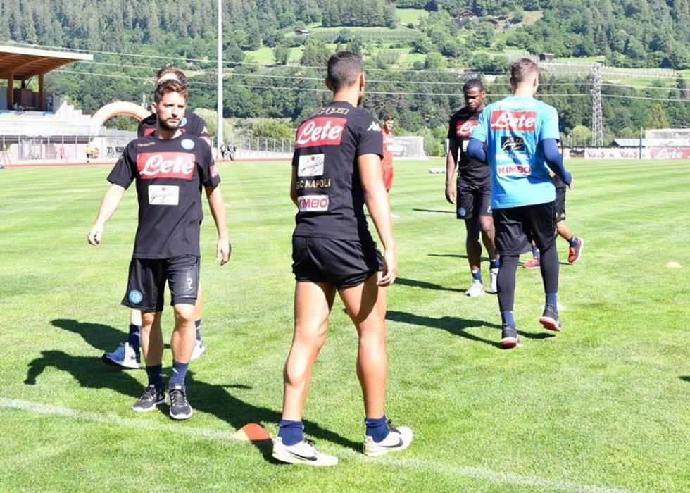 """Nápoles e Inter se miden en """"San Paolo"""""""