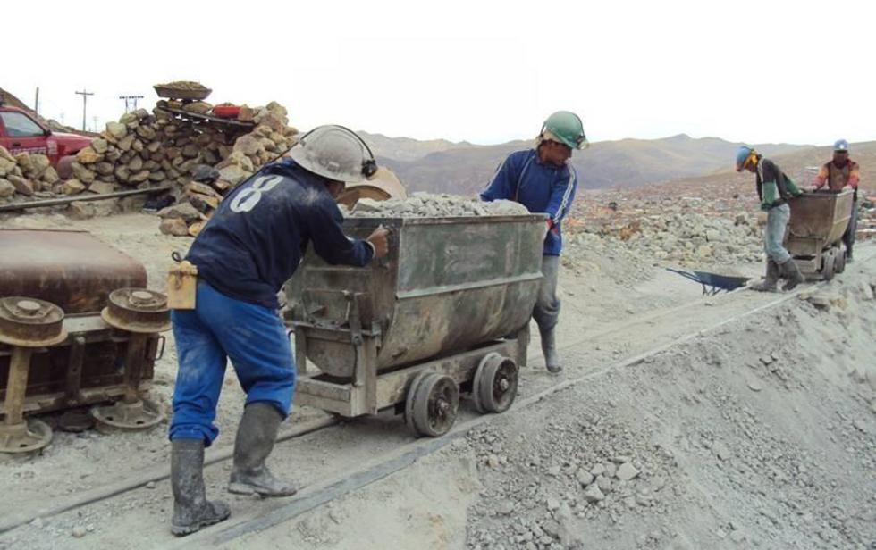 La actividad minera genera aportes para los potosinos.