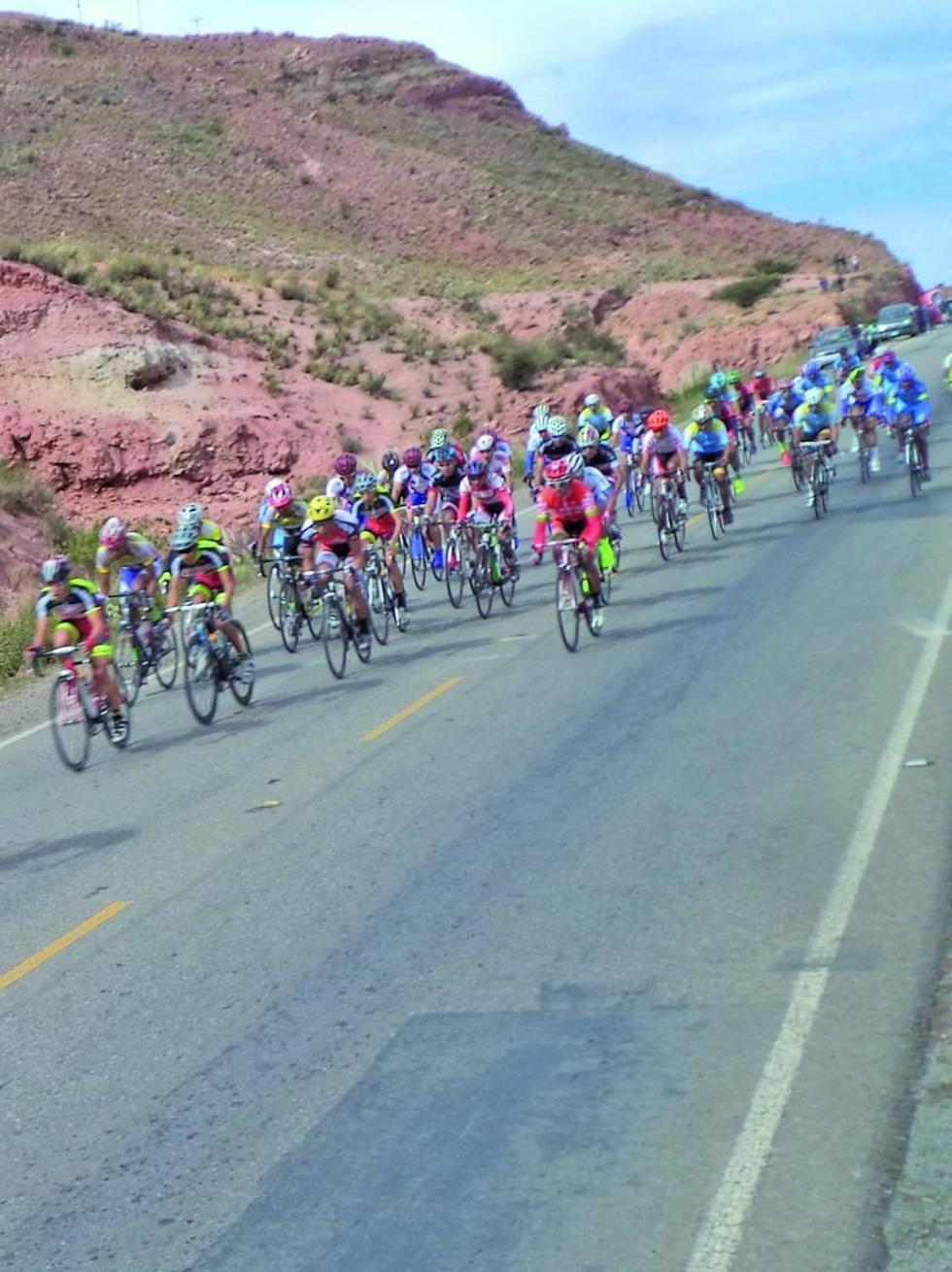 La competencia unirá los departamentos de Cochabamba, Chuquisaca y Potosí.