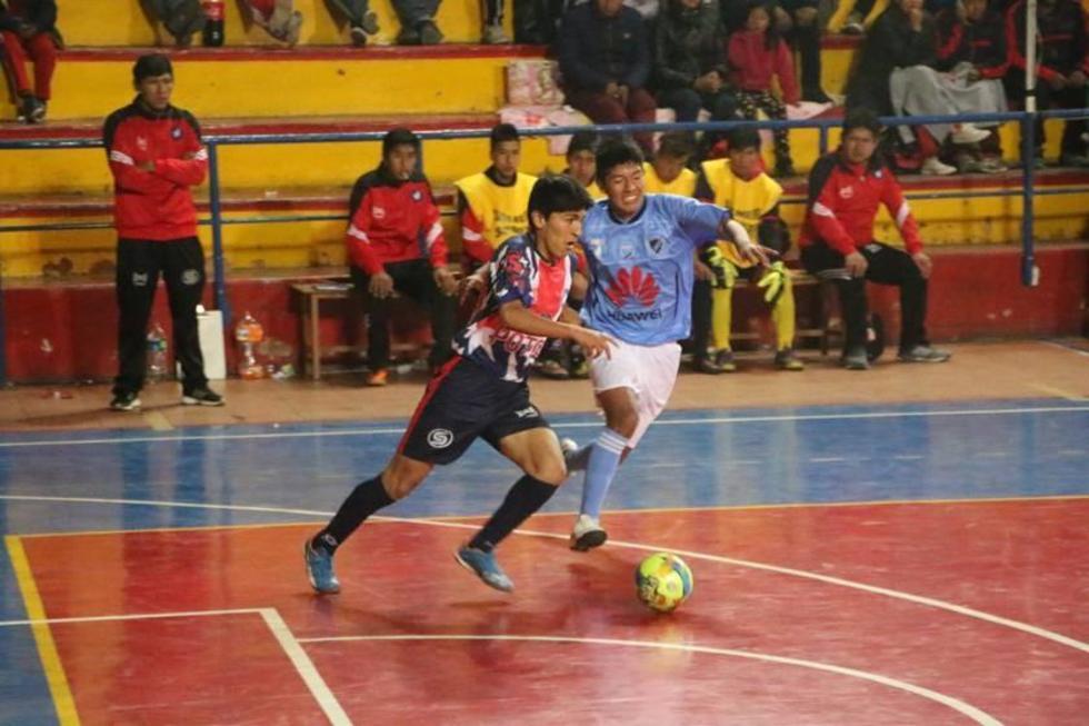 Potosí gana y busca su pase a las semifinales en futsal