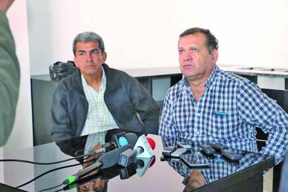 Miltón Melgar y David Paniagua durante la conferencia de prensa.