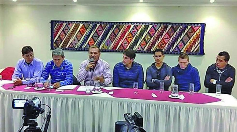 Fabol amenaza con parar el torneo de fútbol de Bolivia