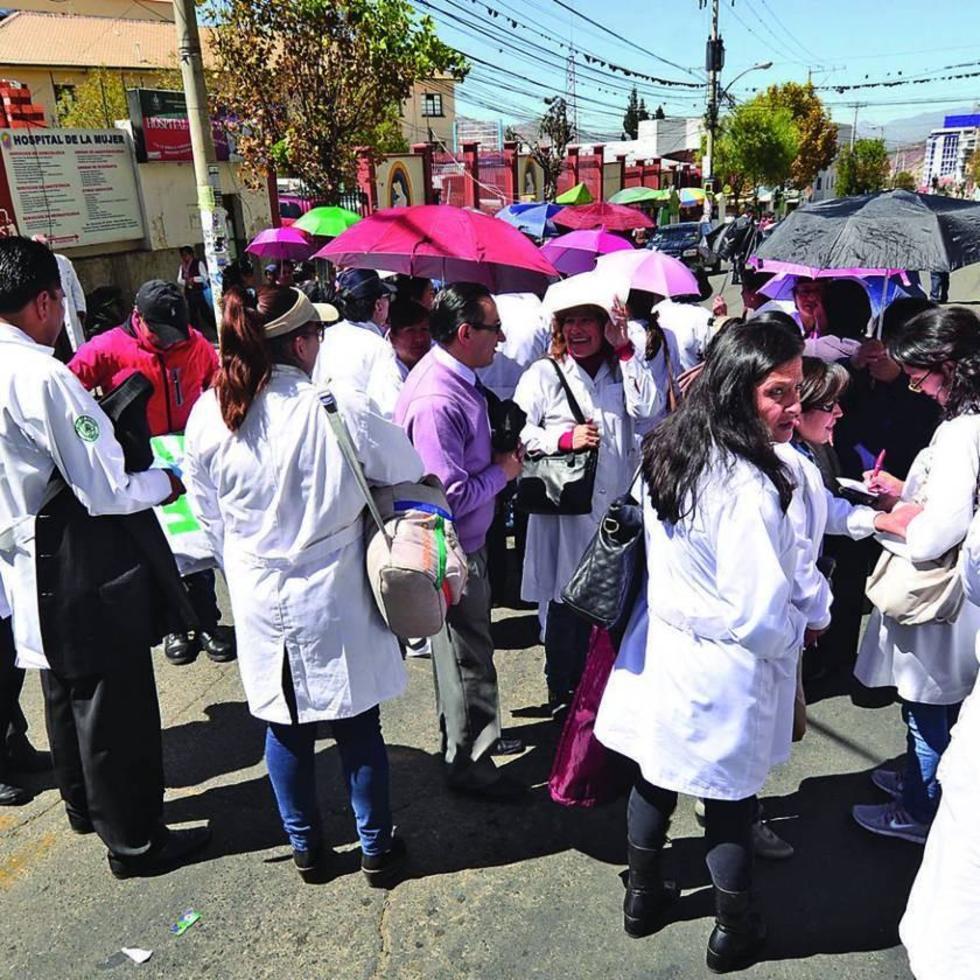El Colegio Médico de Potosí declara estado de emergencia