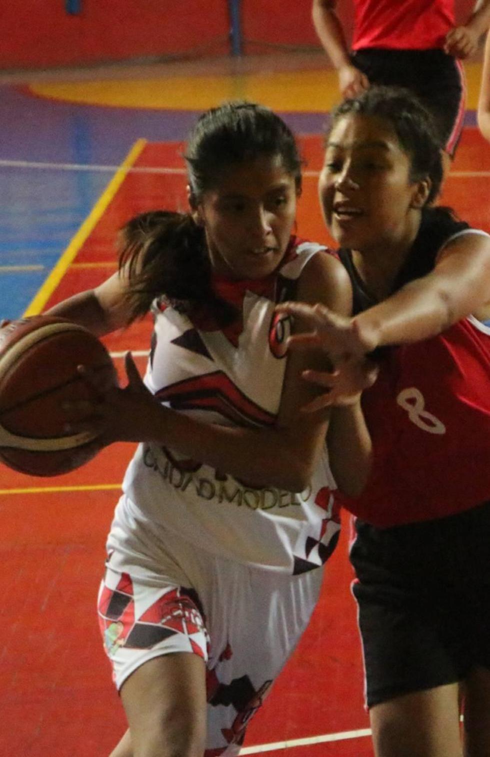 Potosí arranca el Nacional de Básquet Femenino con victoria