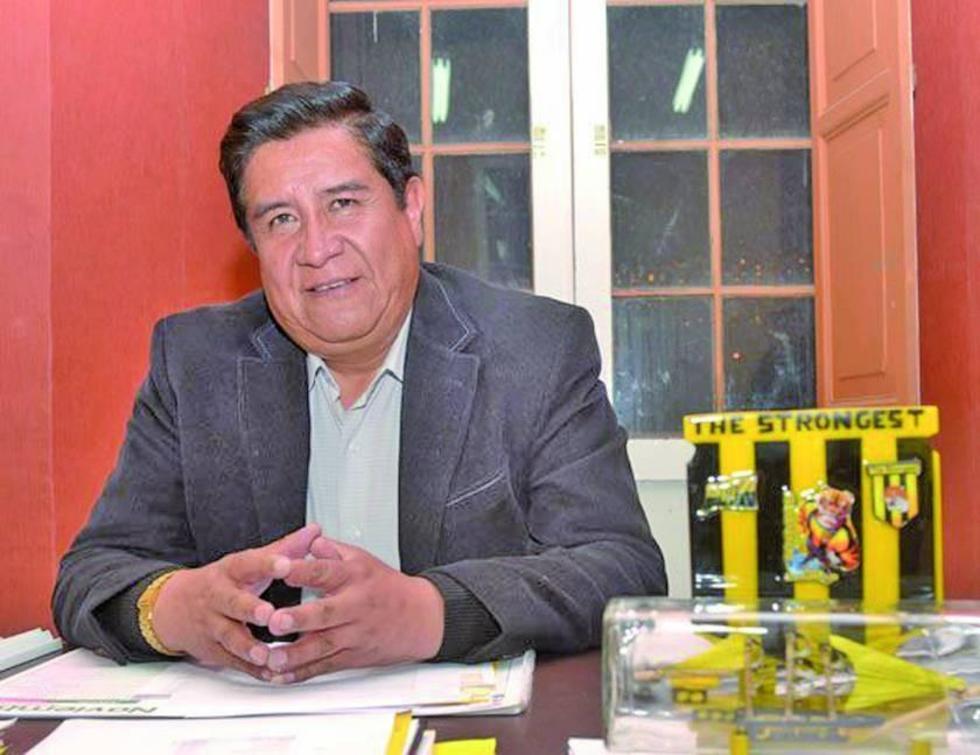"""Salinas: """"Chumacero parece jugador de barrio"""""""
