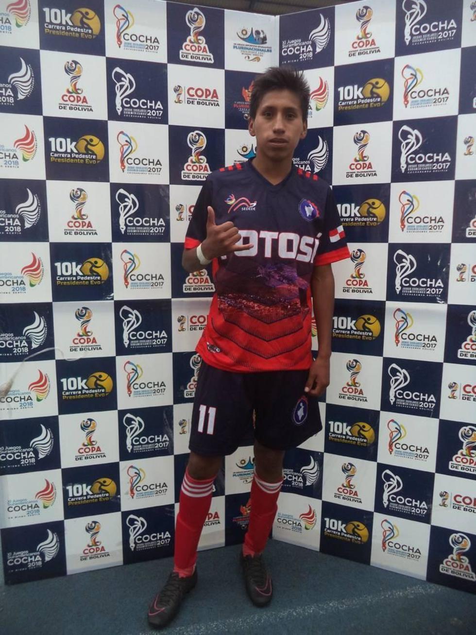 El jugador Miguel Ángel Mamani (30' y 89'') anotó los goles del triunfo para la selección potosina.