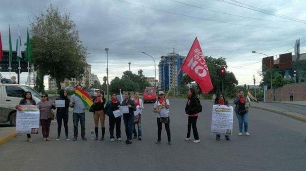 El anunciado paro cívico de 24 horas en Cochabamba se cumplió ayer martes.