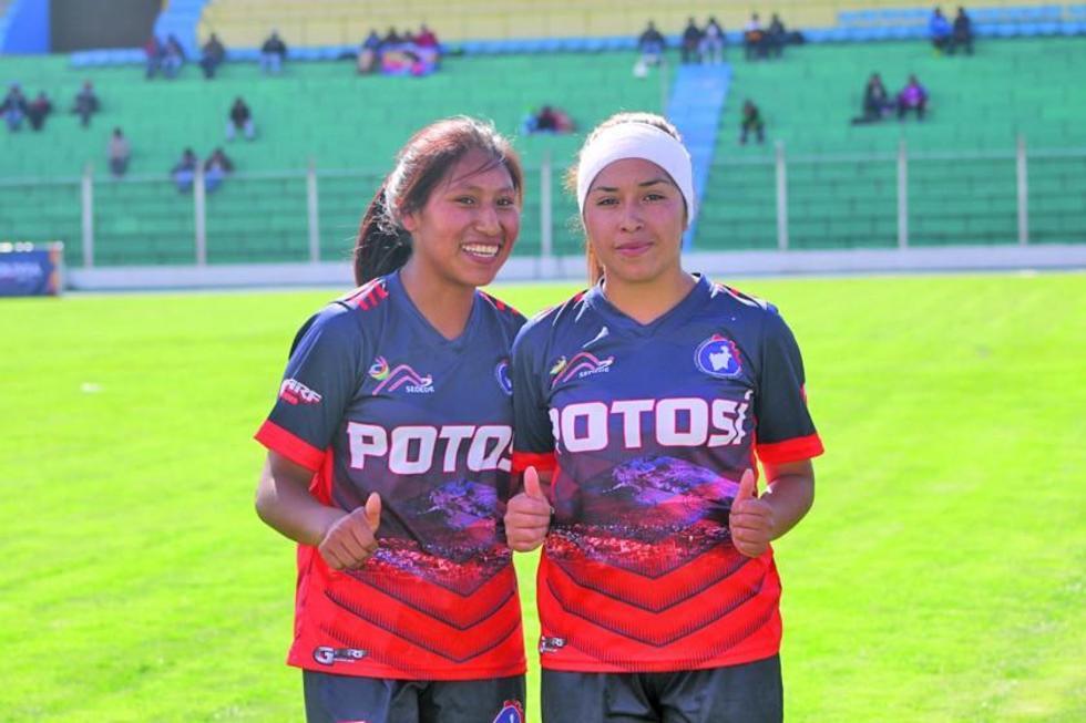 Celmi Quispe y Celina Contreras, las autoras de la victoria para Potosí.