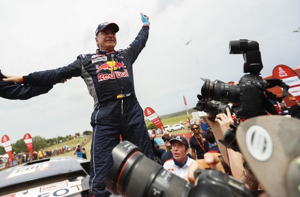 El español consigue su segundo título en una de las pruebas más duras del mundo.