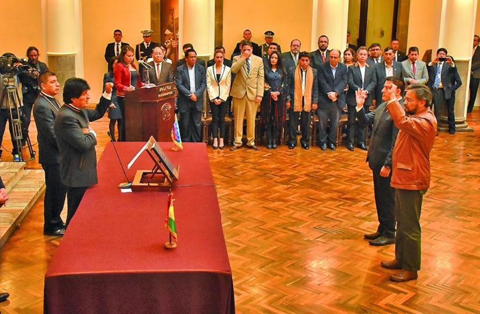 Gabinete de Morales registra dos cambios de ministros