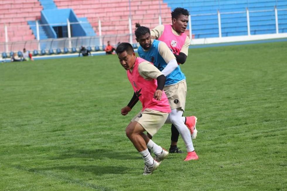 Nacional Potosí busca los puntos en partido con San José en Oruro