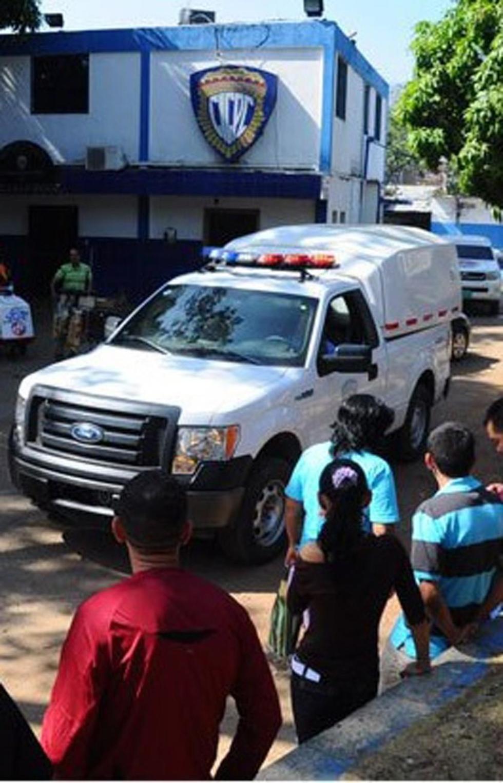 Matan y comen  partes del cuerpo de un joven en poblado venezolano