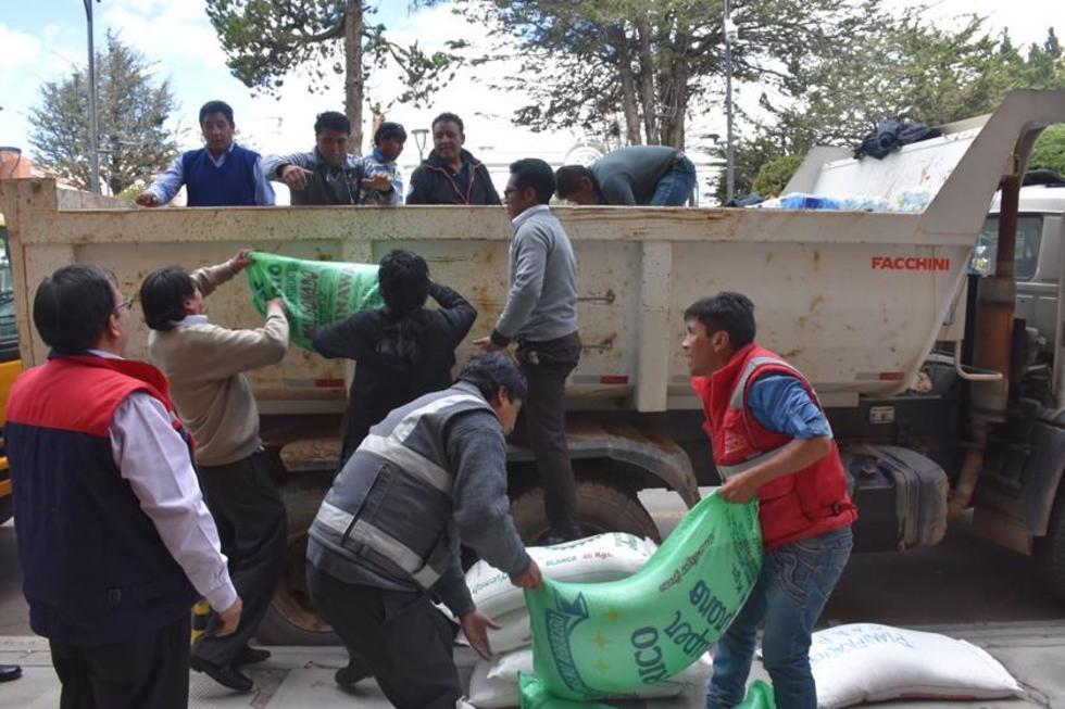 La Gobernación lleva alimentos y vituallas para los afectados.