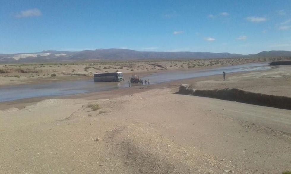 Este el ómnibus que se plantó en el Río Grande.