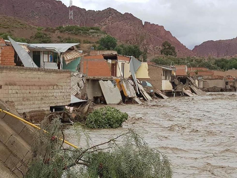 La destrucción de las viviendas fue por el desborde del río de Tupiza.