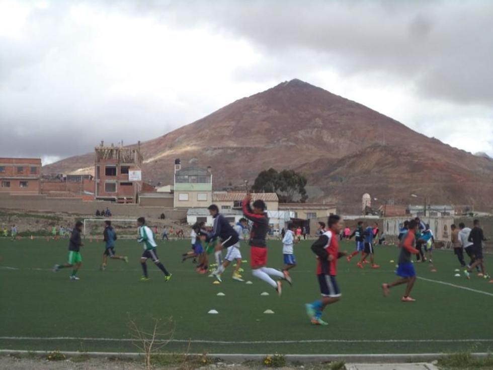 Nacional busca su primer triunfo del torneo