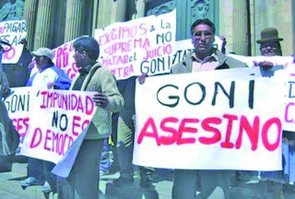 """A lo largo de mas de 10 años, los familiares de las víctimas de la """"Guerra por el gas"""" piden justicia."""