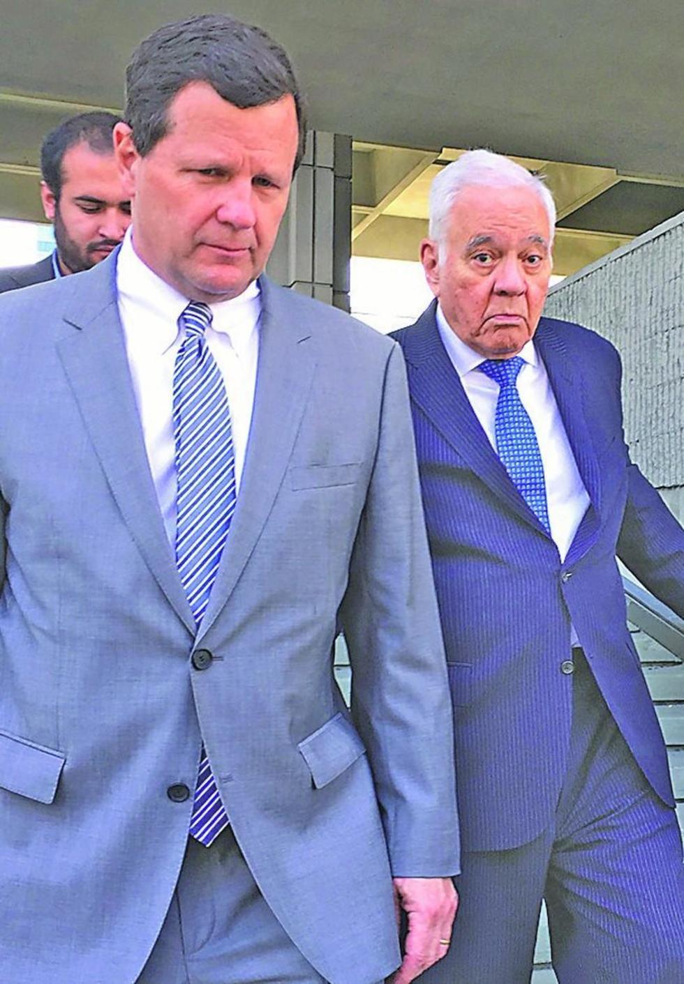 Goni mueve sus fichas para frenar juicio por las muertes de octubre