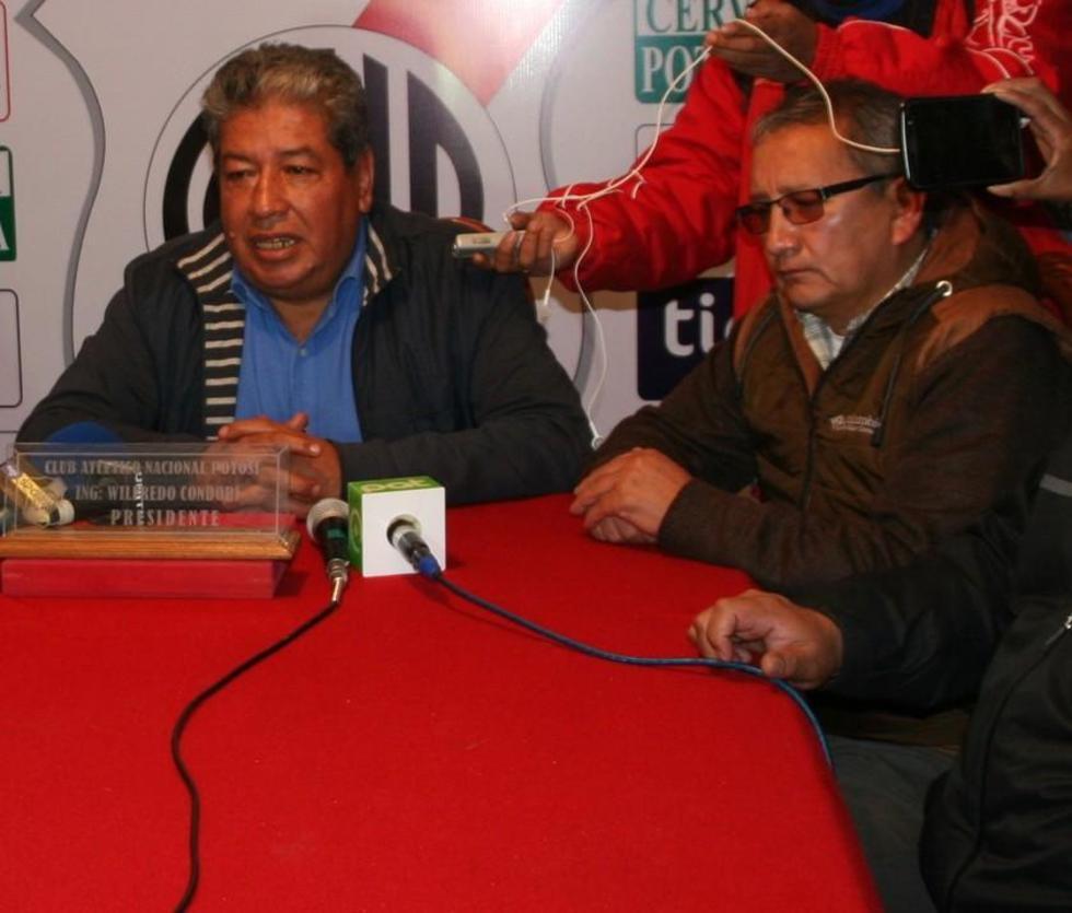 Los dirigentes Wilfredo Condori y Oscar Careaga.