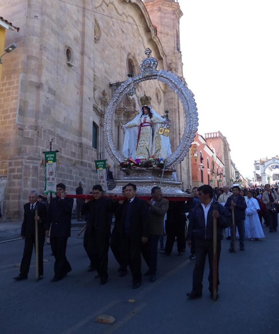 La procesión en el centro histórico.