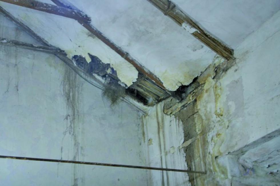 El techo de la sacristía de San Lorenzo podría colapsar.