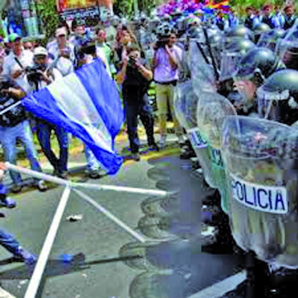 Militares solicitan al gobierno de Nicaragua detener la violencia