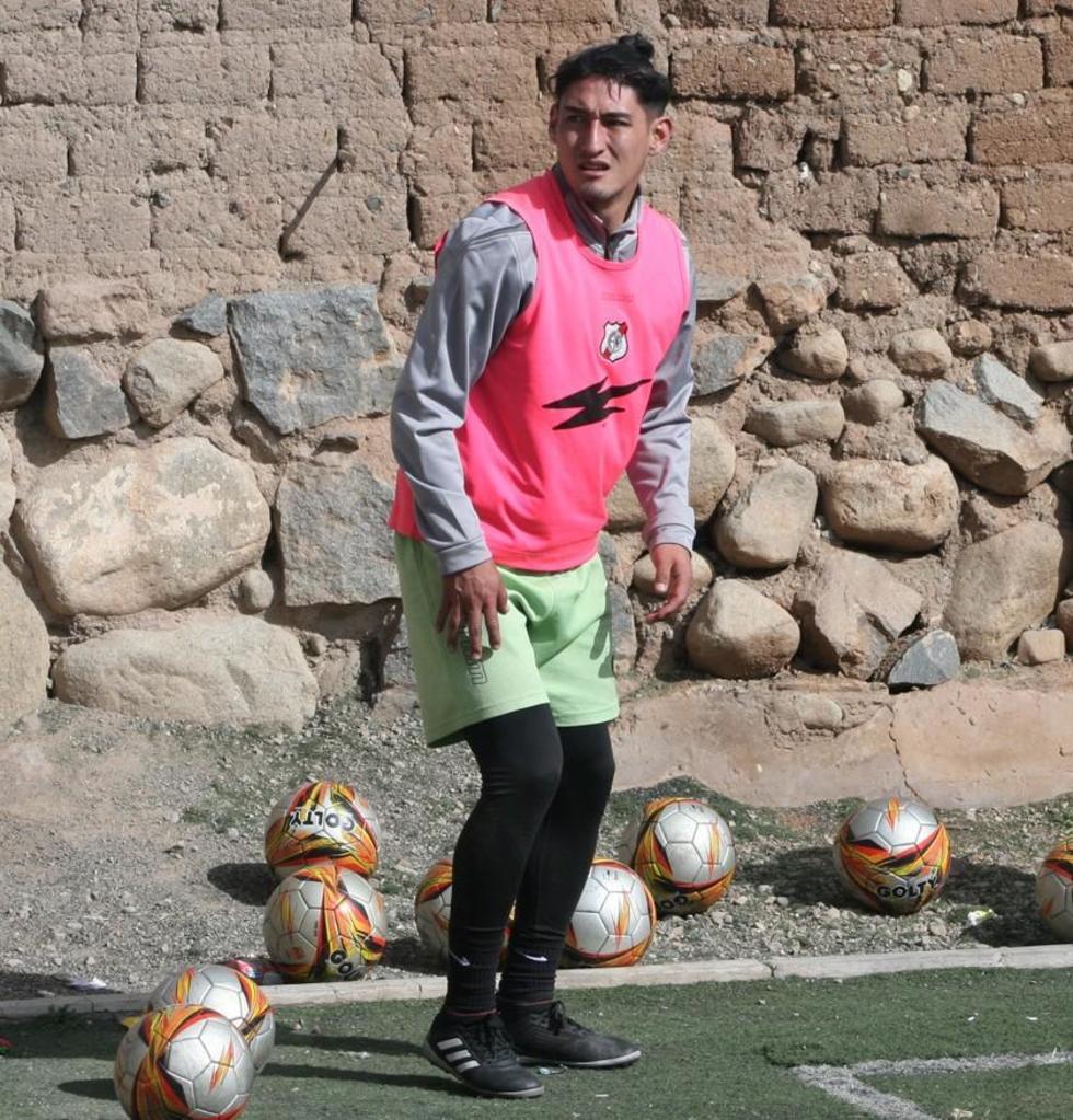 El jugador Miguel Quiroga.