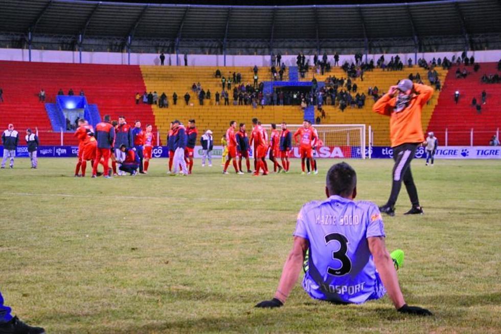 Guabirá elimina a Real Potosí con ayuda del árbitro