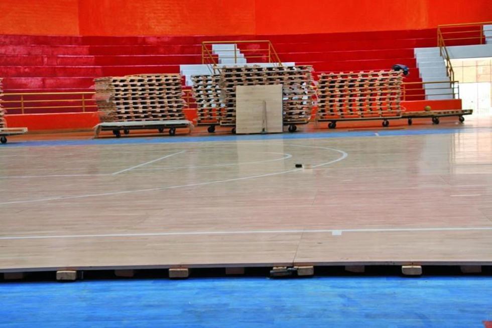 La estructura será adecuada a las dimensiones del campo de juego.