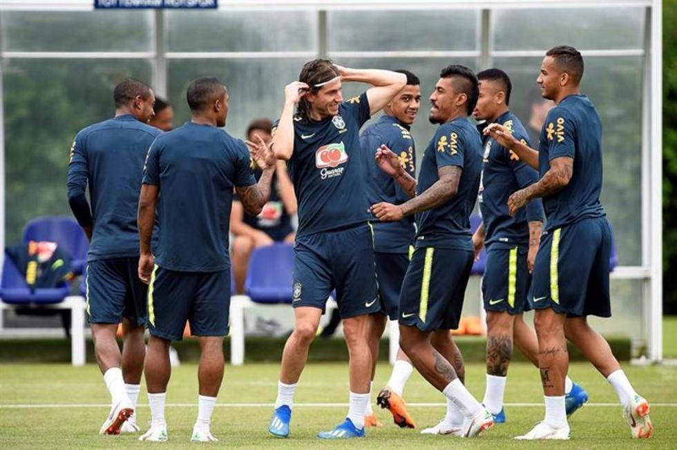 Los jugadores de la canarinha durante su entrenamiento.