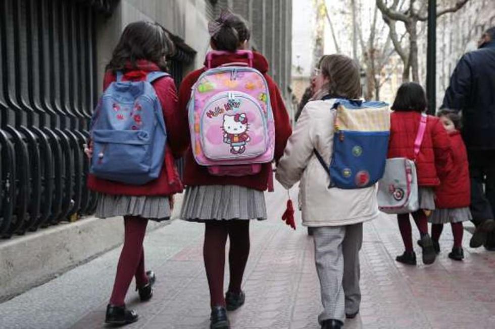 Develan que en doce escuelas violan derechos de los estudiantes