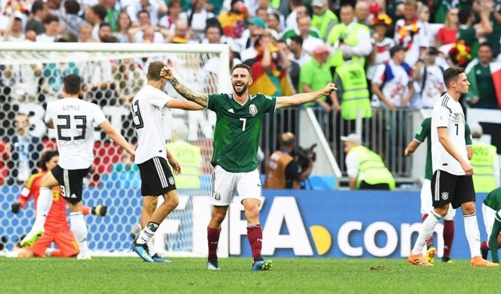 México hace  historia al derrotar al último campeón