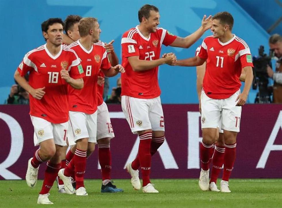 Los jugadores rusos celebran el triunfo.